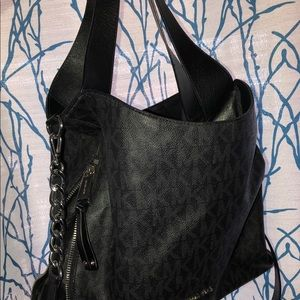 Michael Kors Bags - Large MK 100% authentic handbag